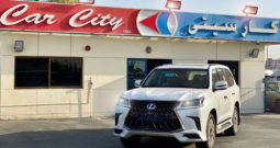 Lexus LX 570 Kuro Black Edition